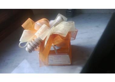 Bomboniera o Segnaposto per Battesimo Bambina - vasetto miele gr 250 Modello Quadrato